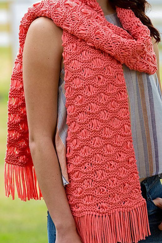 Free Knitting Pattern for Easy Wavy Drop-Stitch Scarf - Laura Bain designed this easy scarf using the classic sea foam stitch. A quick knit in jersey-knit tubular yarn.
