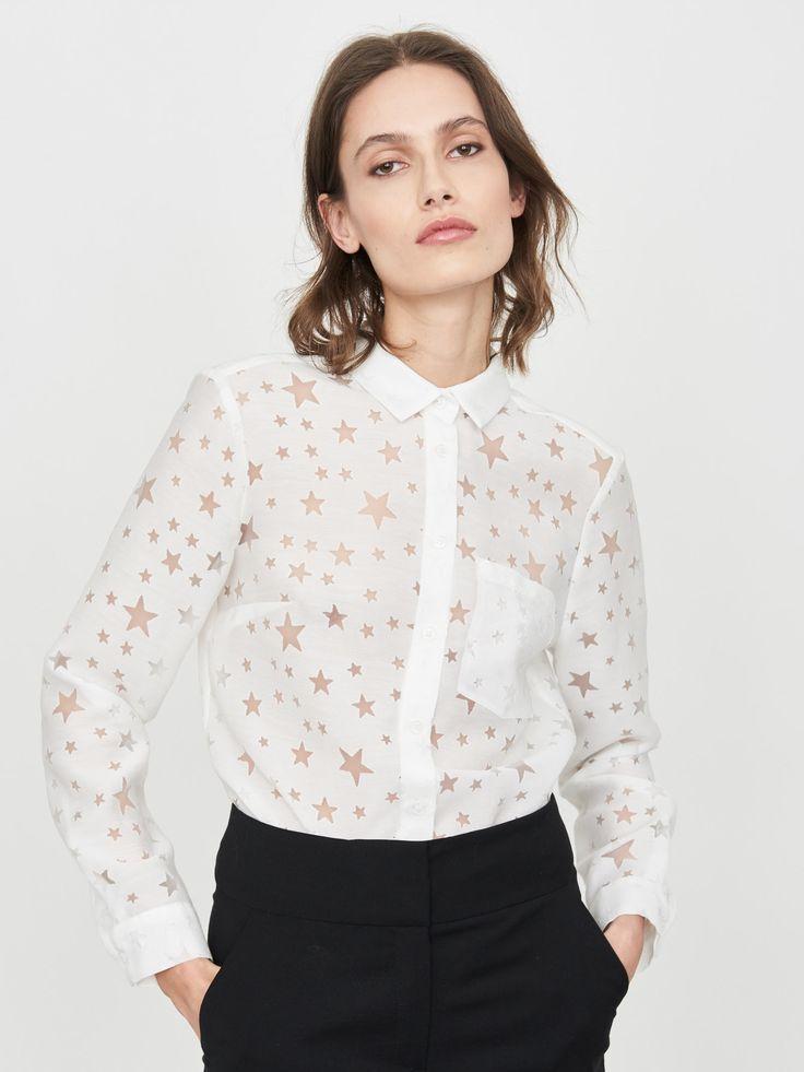 Z2018  Koszula w kolorze ivory w przezroczyste gwiazdki. Zapinana na guziki.