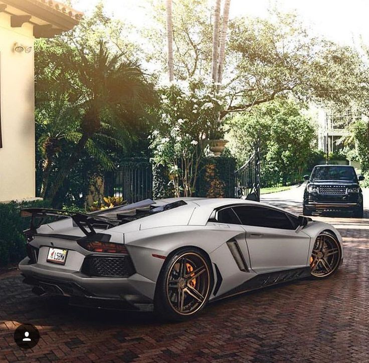 Amazing Picture. Lamborghini AventadorAmazing Pictures