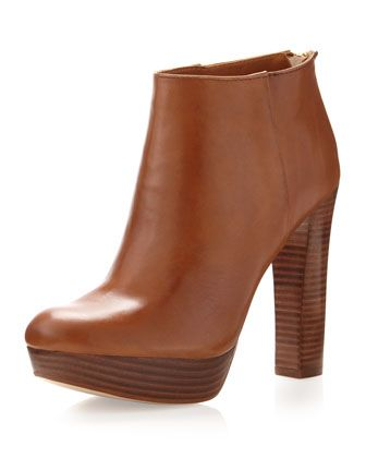 Amazingly Comfortable & Chic! MICHAEL Michael Kors  Lesly Ankle Boot.
