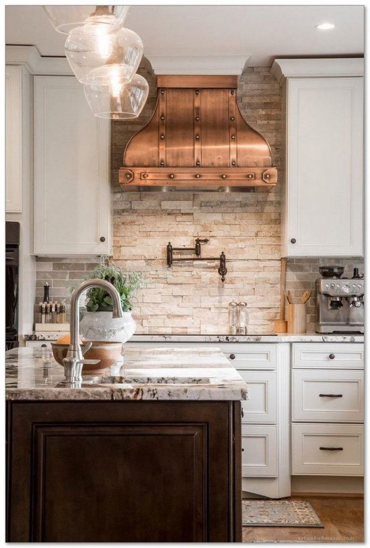 Best 25 french country kitchens ideas on pinterest for Country kitchen splashback ideas