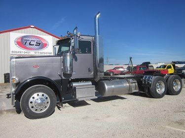SOLD!!!  ► 2016 Peterbilt 389 Day Cab  ► LINK: http://www.truckcs.com/Available-Trucks-(1)/All-Trucks-for-Sale/GD307456.aspx