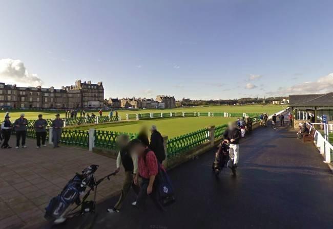 Cancha de golf St. Andrews, Fife, Escocia. El Club St. Andrews es considerado uno de los clubes de golf más antiguos y prestigiosos del mundo. Este lugar fue fundado en el año 1754, y desde entonces a recibo a reconocidas personalidades de todo el mundo, entre ellos el Rey William IV. El paisaje que rodea al club es realmente sorprendente.