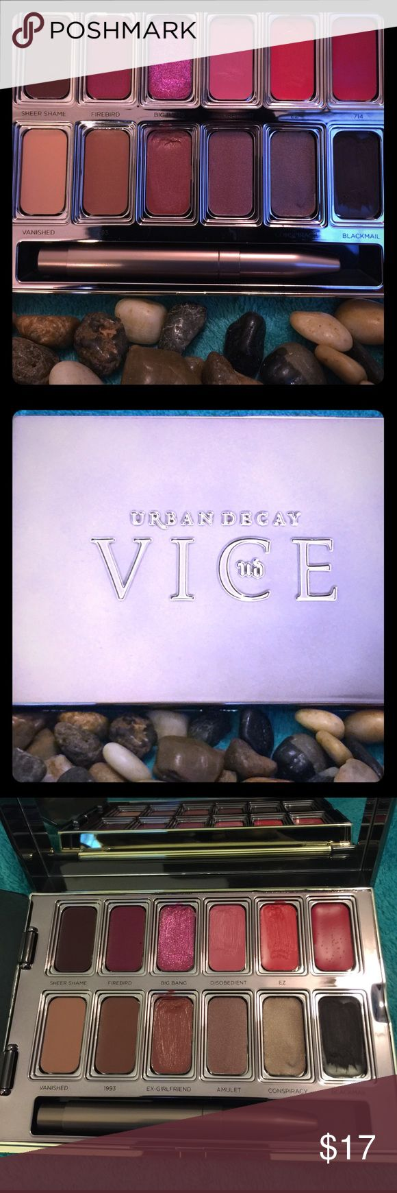 Urban Decay Lipstick Palette Urban Decay Vice Lipstick  Palette with 12 Must-Have Shades used twice. Urban Decay Makeup Lipstick