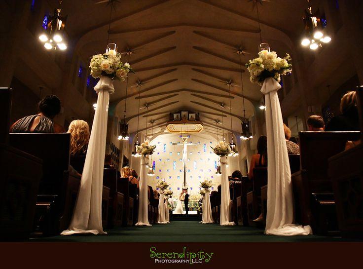 Houston wedding photographer, St Michael Catholic Church,  Houstonian Resort and Spa, church ceremony