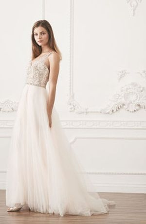 Michelle Roth V-Neck A-Line Wedding Dress . Bridal Gown Style Number:33565201