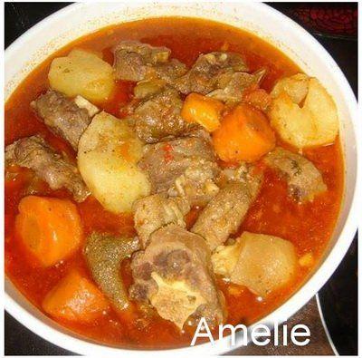 Une soupe de pate de bœuf et queue de bœuf bien pimenté, la recette a