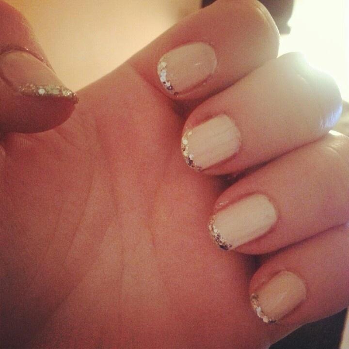 28 best Glitter Nails images on Pinterest | Glitter accent nails ...