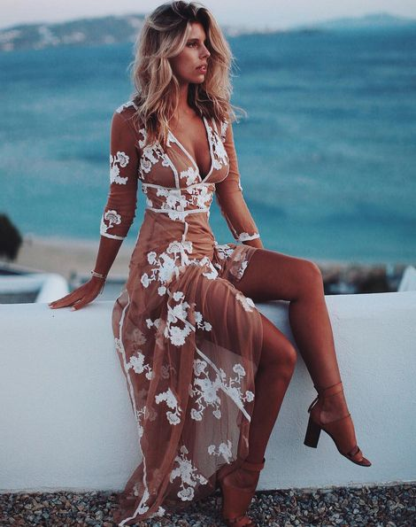 @tashoakley in the Elenora Maxi