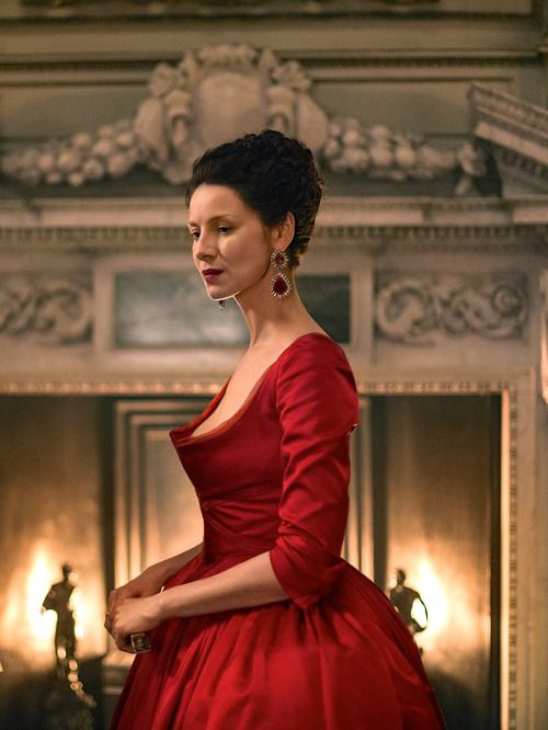 Caitriona Balfe as Claire Fraser in Outlander (TV Series, 2016). [x]