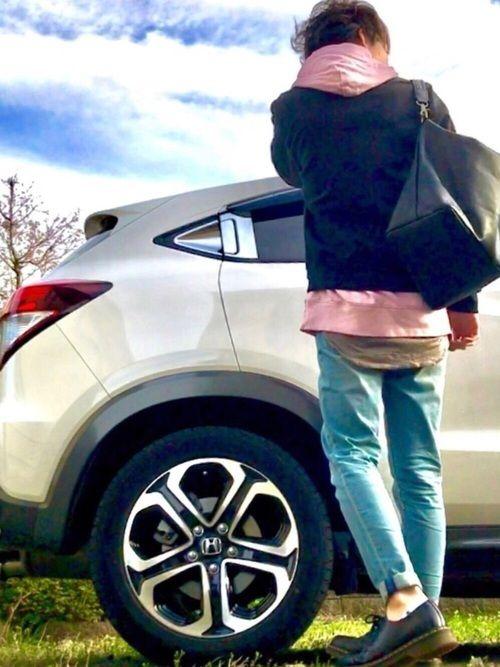 MA-1×ピンクパーカー×ウォッシュデニム👖✨ ピンクのパーカーに黒のMA-1🤓 前回このパーカ
