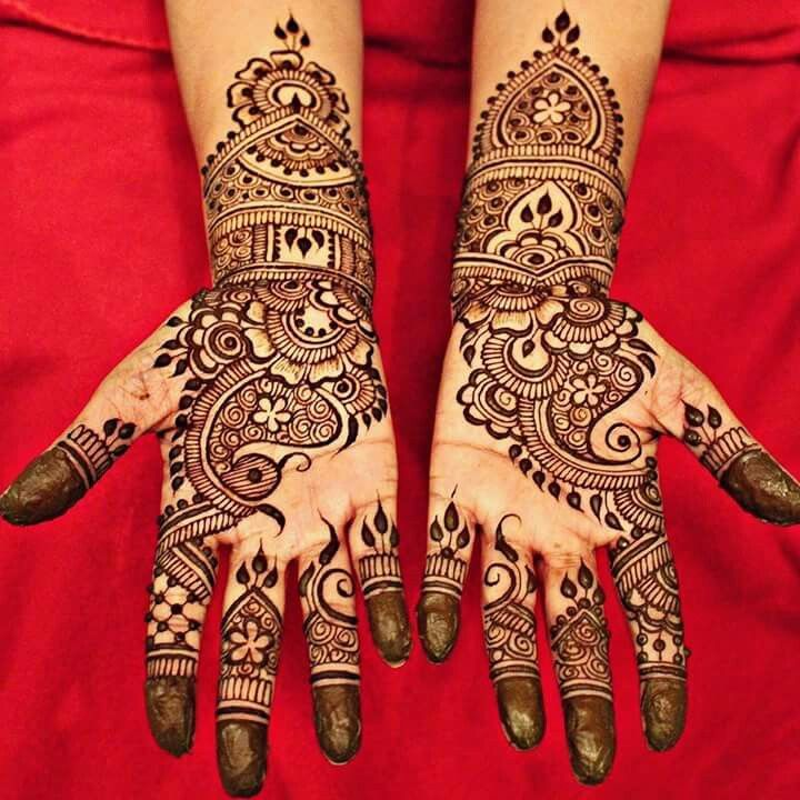 Henna by divya Follow - pinterest.com/rOKr6
