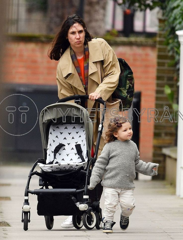 Andrea Casiraghi and Tatiana Santo Domingo with their children in London