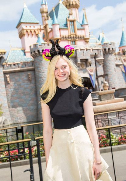 Elle Fanning - The Most Stylish Celeb Looks at Disneyland to Inspire Your Next Outfit  - Photos