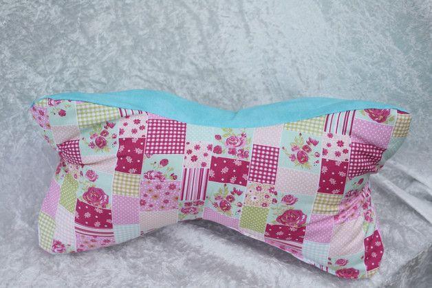 #Leseknochen #Lesen #Rückenstütze #Kissen #Geschenk #rosa #türkis Hier ein Exemplar der Kollektion Leseknochen und Rückenstützen: dieses Mal ein Patchwork-Exemplar aus drei verschiedenen...