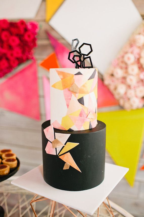 modern geometric cake for @Twinkleandtoast baby shower. Love everything about her special day!