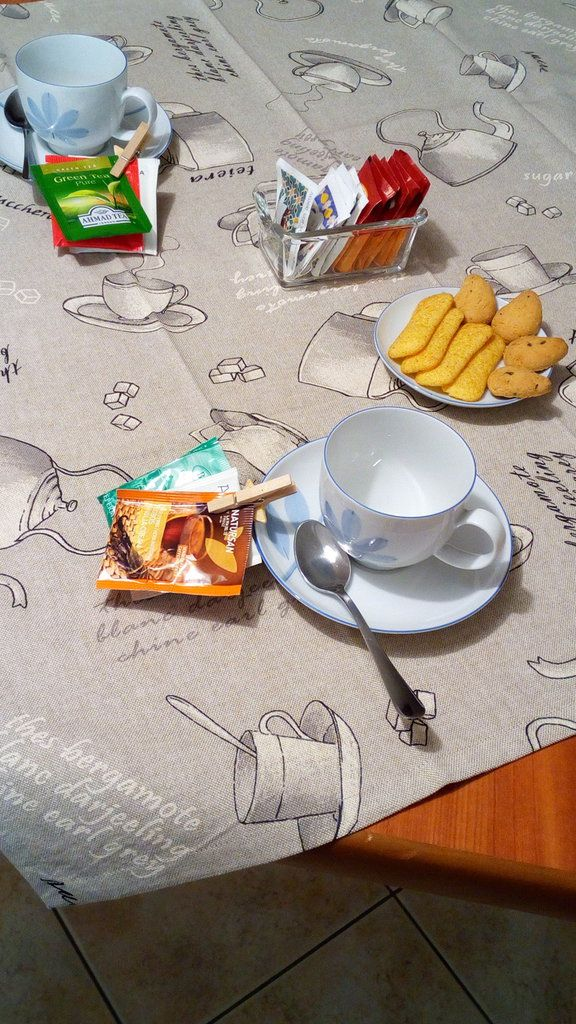 Tovaglietta da the in cotone. By Fantasie cucite