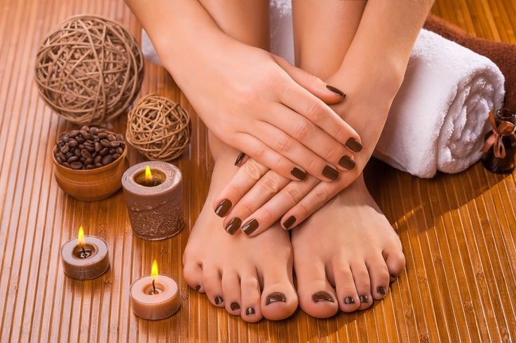 Royal Shahnaz beauty salon dubai is one of the best salon in dubai. We offer one of the best pedicure and manicure in dubai. There are many beauty salons in dubai but for a perfect hair and beauty makeup have visit to beauty salon in dubai. . Our beauty packages in dubai and salon products in dubai are the main attractions of our salon in dubai. We have salon near burjuman and salon in satwa dubai.