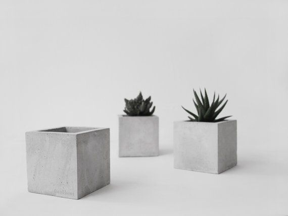 frauklarer hexahedron concrete planter handmade by frauklarer