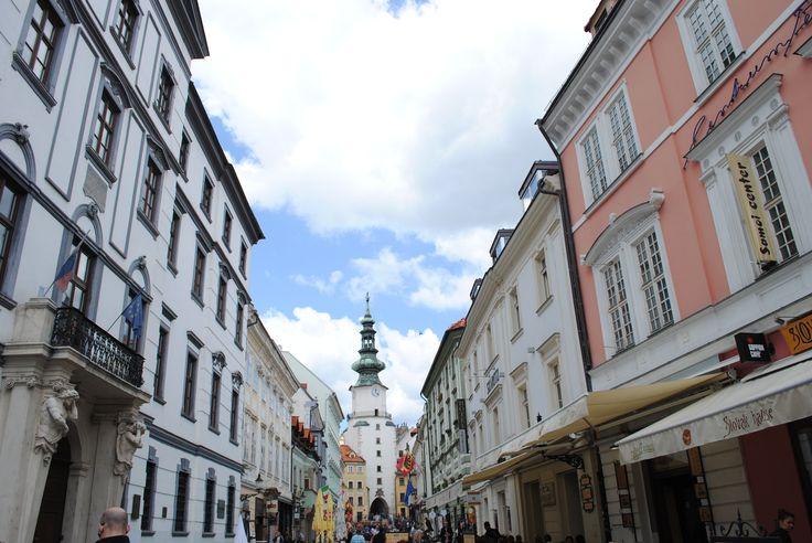 Bratislava çarşı...  #bratislava #slovakia #slovakya