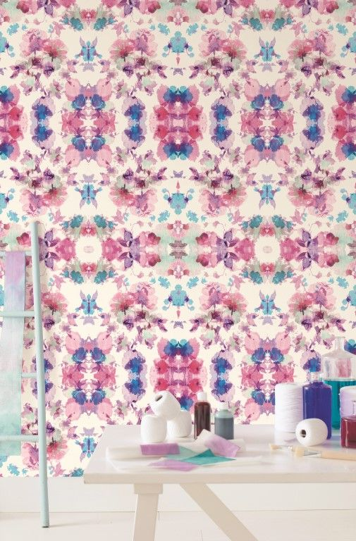 This amazing wallpaper mural features gorgeous shades of pink and purple on a white back-ground. From the Trendy Panels collection, Artistique TDP65235034. This is a Guthrie Bowron exclusive range in NZ.