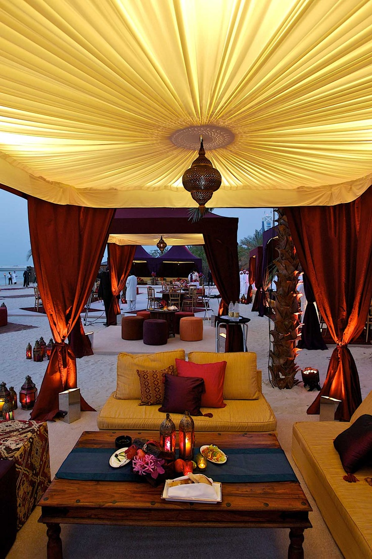 I adore these amazing desert tents and Moroccan inspired decor  Read More