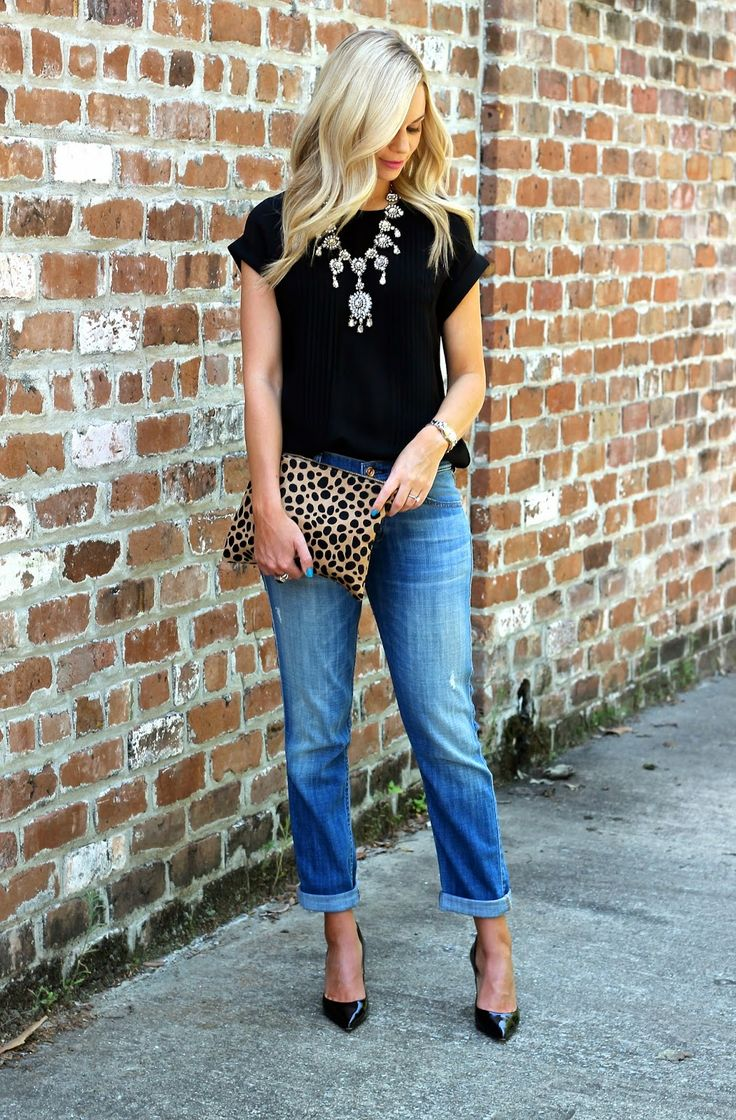 Super simple, super chic:  Black tee paired with rolled up boyfriend jeans and black heels, paired with a statement necklace and leopard clutch.  #leopardisaneutral #weallhaveallofthisinourcloset