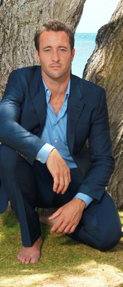 Alex O'Loughlin