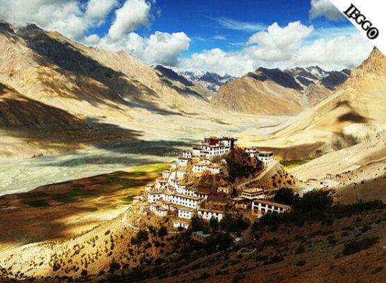 MERAVIGLIE DEL MONDO! Monastero buddista sull'Himalaya!