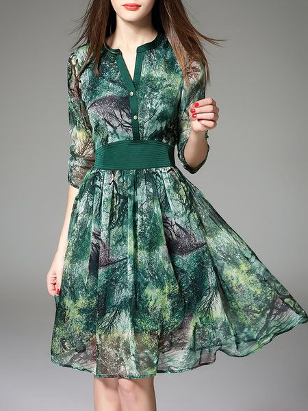Shop Midi Dresses - Green Floral Polyester Elegant V Neck Midi Dress online. Discover unique designers fashion at StyleWe.com.