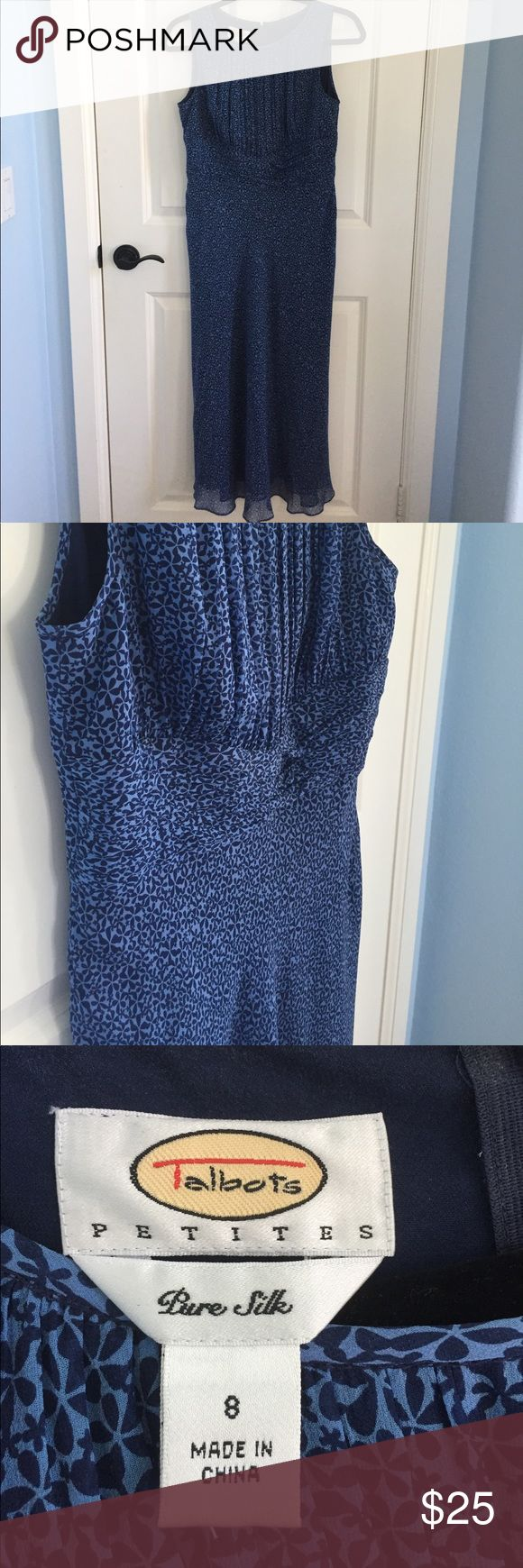 Talbots Petite Blue Flower Print Silk Dress This Talbots 8P silk dress has a cute print! It is a sleeveless maxi dress. Let me know if you have questions or want to bundle! Talbots Dresses Maxi