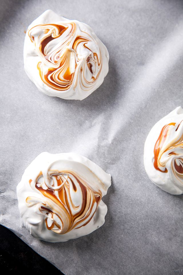 FOOD: Salted Caramel Pavlovas                              …