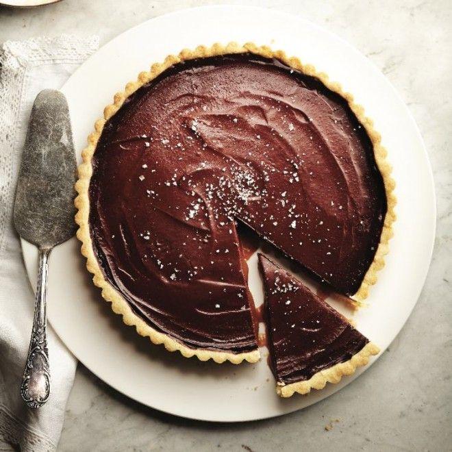 Salted caramel and chocolate tart - Chatelaine