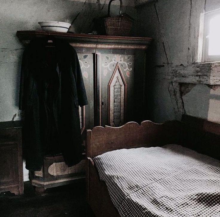 @FallenMorningGlory in 2020 | Aesthetic bedroom, Grey ...