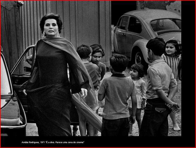 Eduardo Gageiro. Amália Rodrigues, Alfama 1971