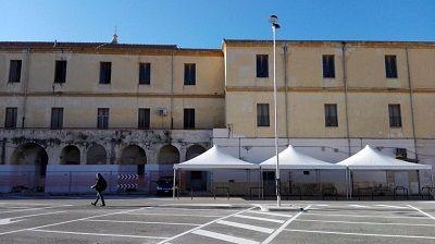 Bari terminati i lavori di riqualificazione delle aree esterne di piazza Balenzano  mercato santAntonio