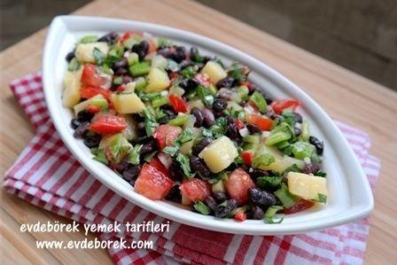 Patatesli Siyah Fasulye Salatası Tarifi