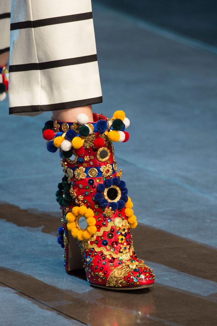 DOLCE GABBANA |  Shoes From Milan Fashion Shows | Spring 2016 | 3D Blossom -  Bloom - Sicily - Flowers | via TrendForTrend.com