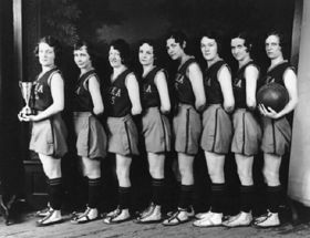 1920's women's basketball team