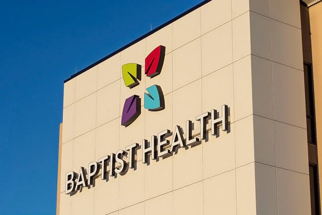 Baptist Health Richmond Exterior Building Mounted Logo Experiential Graphic Design Environmental Graphics Baptists