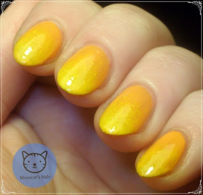 Sunny manicure
