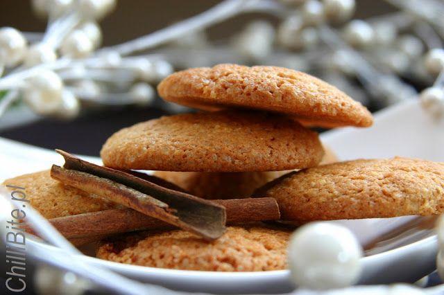 ChilliBite.pl - motywuje do gotowania! Świetne przepisy, autorskie zdjęcia i dobra energia :): Ciasteczka cukrowe - cynamonowe, goździkowe, ...