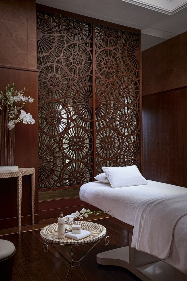 Best 25 spa room decor ideas on pinterest spa rooms for Hotel wall decor
