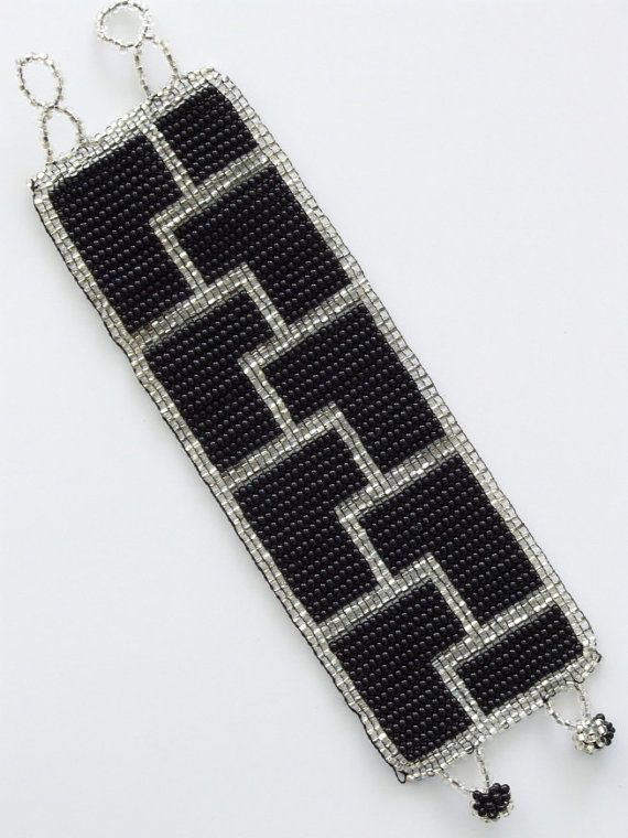 Vintage 1920's Art deco geometric beaded bracelet