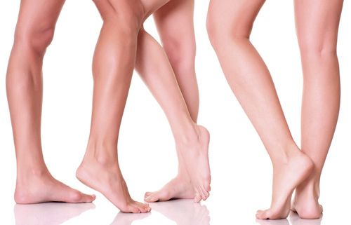 All treatment for varicose veins and chronic venous insufficiency should start with lifestyle changes such as avoiding overweight, wear elastic stockings, avoiding heat sources and tight clothes. https://messalutnoticias.wordpress.com/2015/06/30/varices-problema-o-cuestion-de-salud-articulo-del-dr-miguel-blanquer-jerez-especialista-en-angiologia-y-cirugia-vascular/