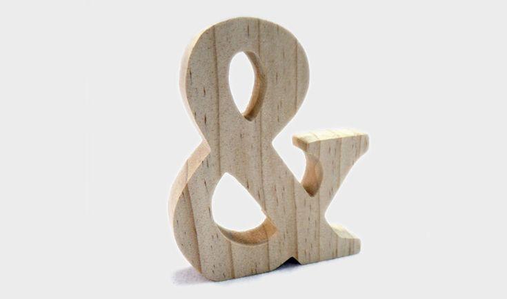 Ξύλινο διακοσμητικό & φυσικό ξύλο  ΔΙΑΣΤΑΣΕΙΣ: 9cm x 11cm x 1.8cm