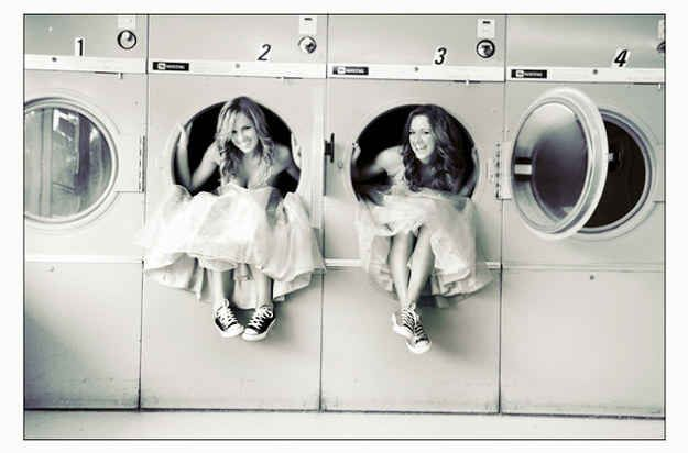 Or some laundromat mischief.   37 Impossibly Fun Best Friend Photography Ideas