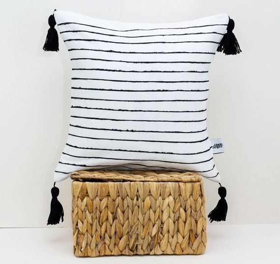 White linen throw pillow with Black stripes – Pom pom pillow – Scandinavian modern – Tassel cushion – Black and white pillow – Linen pillow