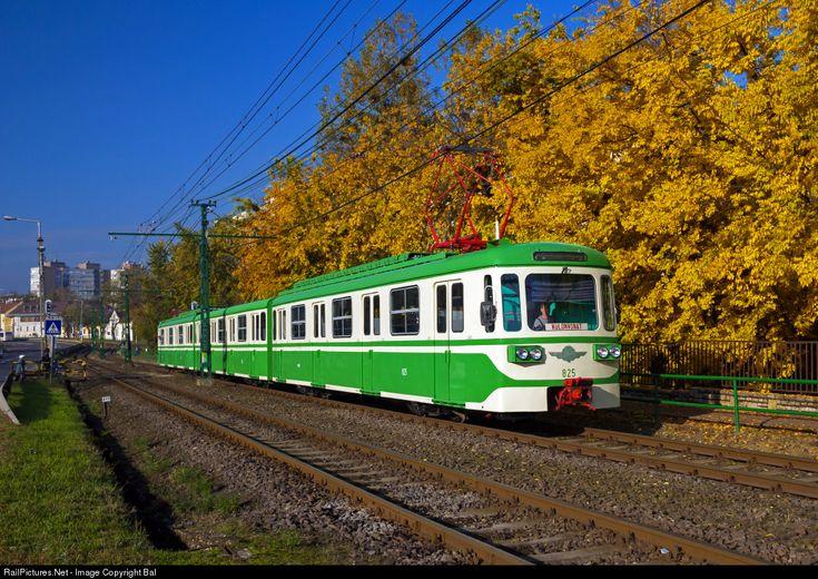RailPictures.Net Photo: 825 Budapest Transport Limited (BKV.Zrt) M.IX/A at Gödöllő, Hungary by Balázs Bálint