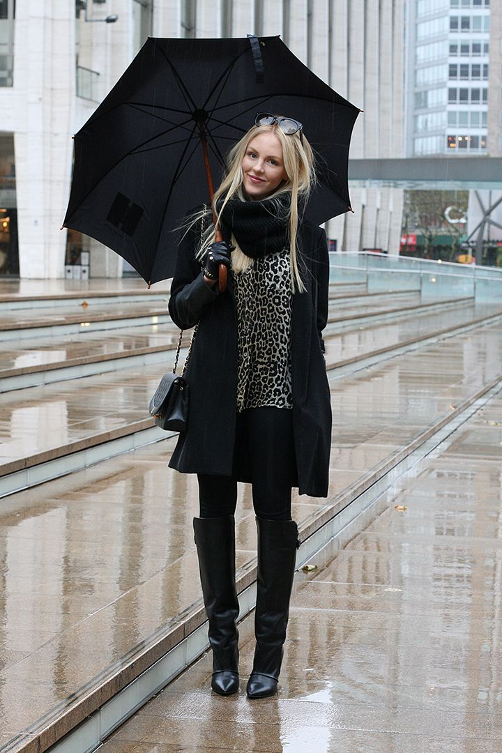 New York rainy days equals completely chic outfit!